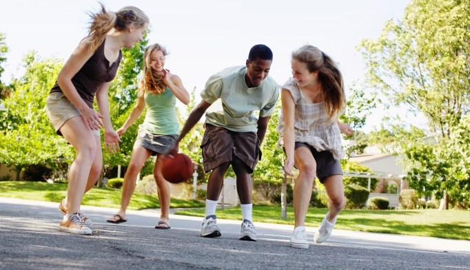 Exercise in Early Adolescence May Cut Diabetes Risk