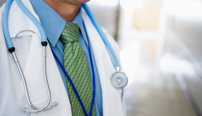 Patients May Prefer Formal Attire for Physicians