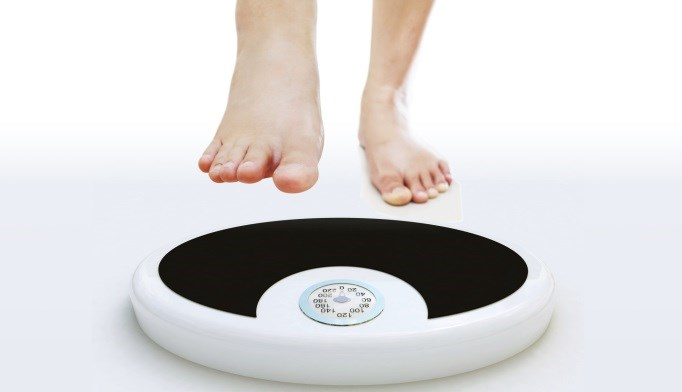 People who consistently weigh themselves may have improved confidence in their eating habits.