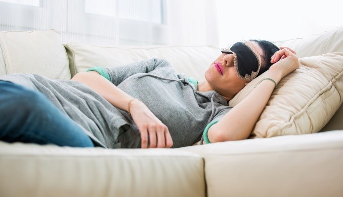 Daytime naps of 1 hour or longer is associated with an increased risk for type 2 diabetes.