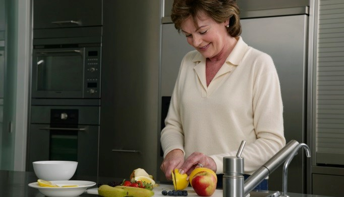 Benefits, Drawbacks of Calorie Restriction in Postmenopausal Women