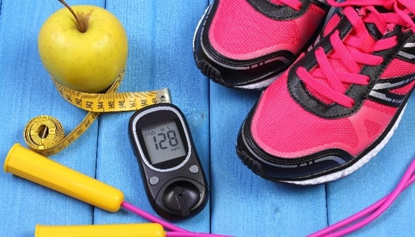 Risk factors include physical inactivity, a first-degree relative with diabetes, hypertension, and history of CVD.