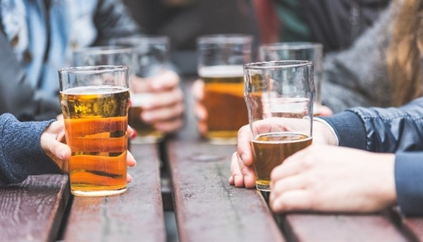 Diabetes Risk Lowered With Regular Alcohol Consumption