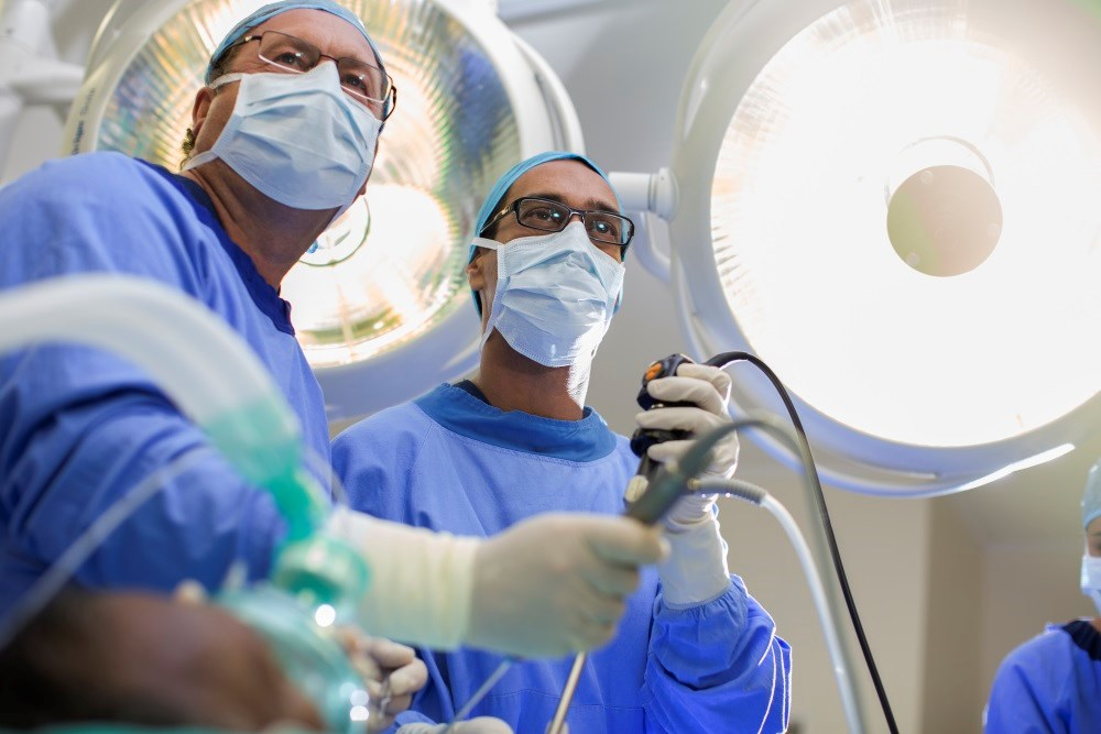 Optimal Timing of Gastric Bypass and Cholecystectomy When Both Procedures Clinically Indicated
