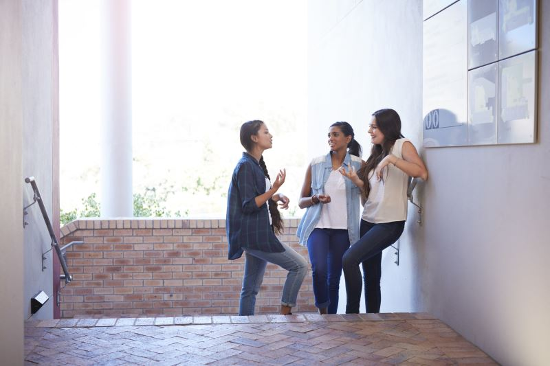 Effects of Peer Influence in Adolescents With Type 1 Diabetes