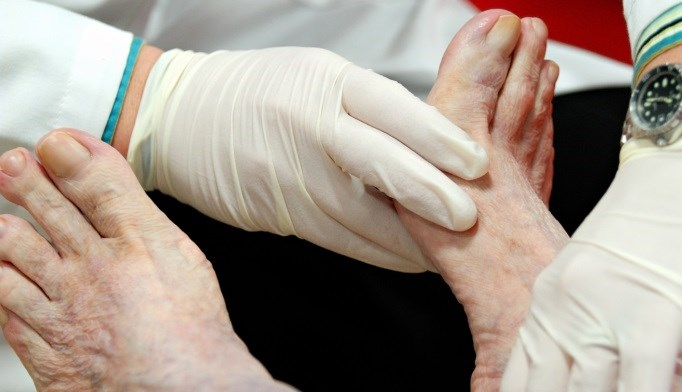 Virtual Case Simulations May Improve Foot Care in Diabetes