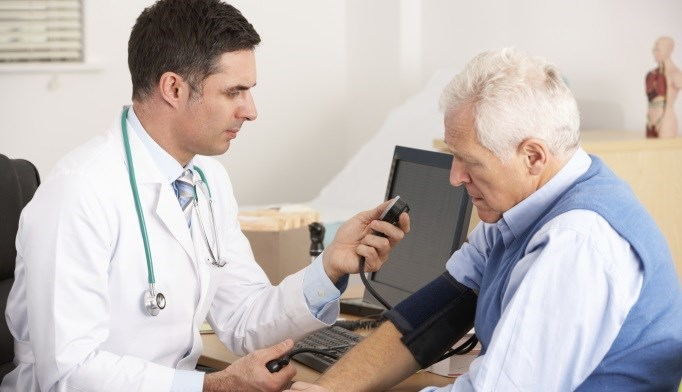 VIDEO: Is Intensive Blood Pressure Control Beneficial for Older Patients?