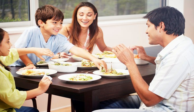 People who eat homemade meals tend to eat more whole grain, low-fat dairy products, fruits, and vegetables.
