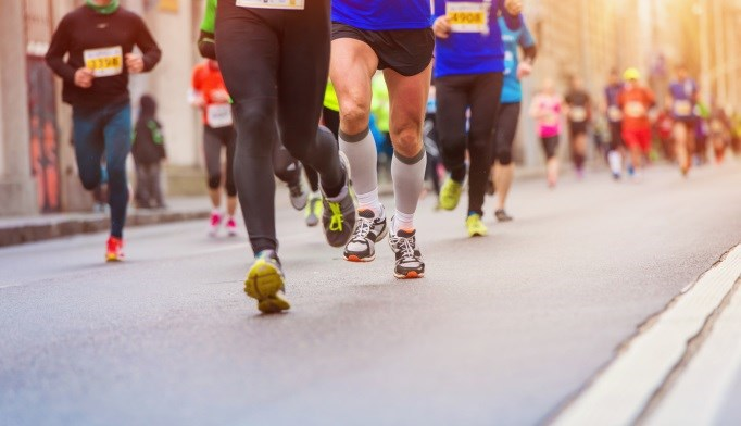 Endurance athletes may dramatically alter body composition, muscle health, hormones, and metabolism.