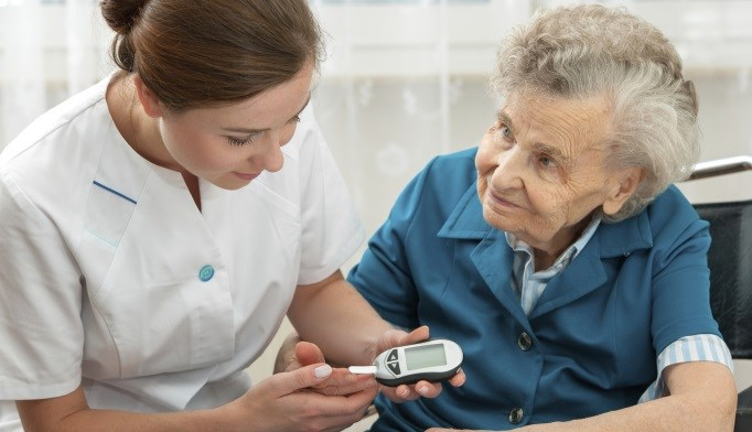 Position statement outlines strategies for managing diabetes in long-term care facilities.