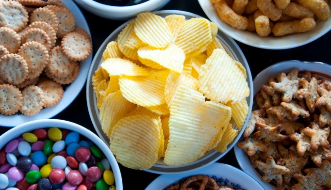 Eating fewer discretionary foods may modestly impact diet.