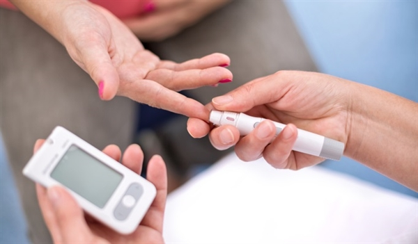 How is gestational diabetes diagnosed?