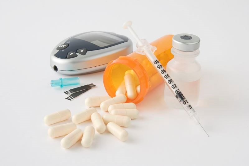 Dapagliflozin, when used as adjunct treatment to insulin, improves glycemic control in patients with type 1 diabetes.
