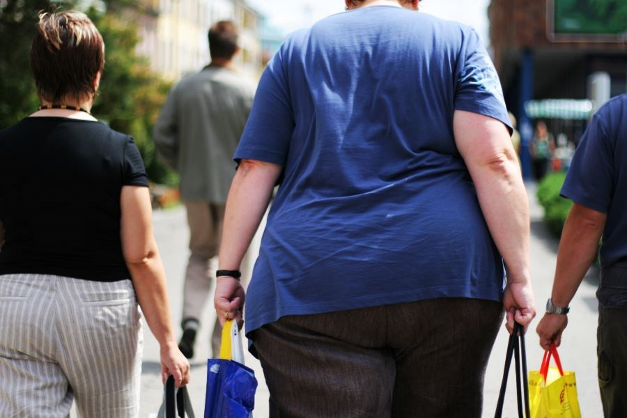 Increased obesity for men, women living in medium, small versus large metropolitan statistical areas