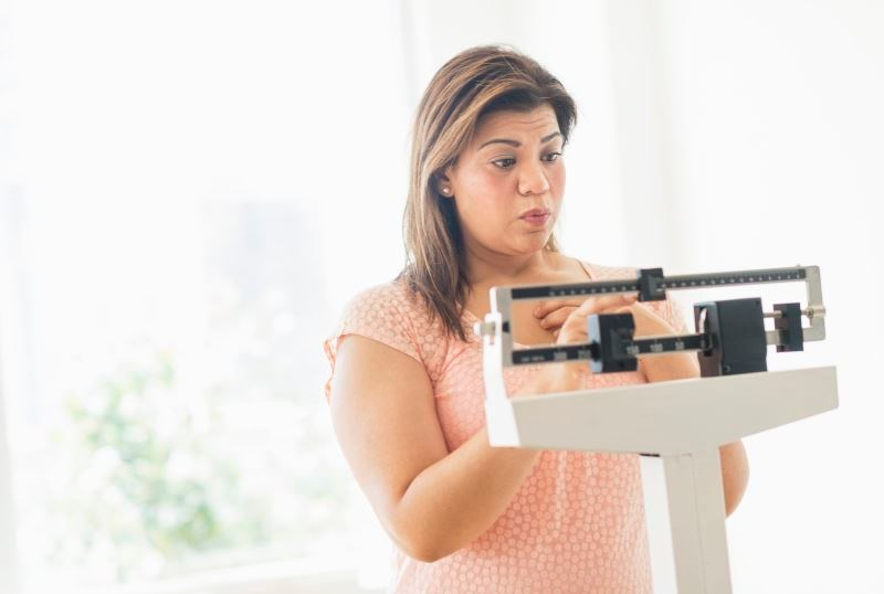 "Study participants self-weighed daily using ""smart"" scales over the course of a 12-week, Internet-based weight loss program."