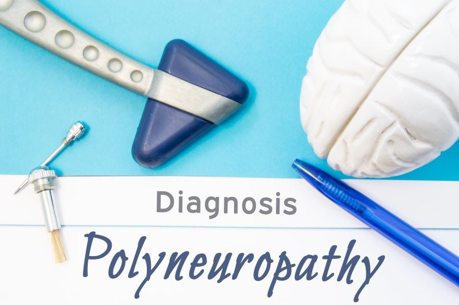 Increased age was associated with an increased risk for incident diabetic polyneuropathy.