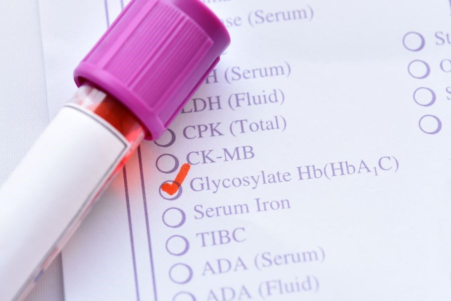 The researchers found that emerging adults and older adults had the highest and lowest mean hemoglobin A1c levels.
